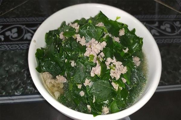 Canh rau Ngót – Món ăn lợi sữa dành cho các mẹ sau sinh
