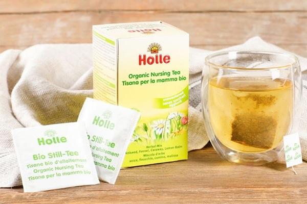 Uống trà Holle giúp mẹ có được nguồn sữa sạch cho bé yêu