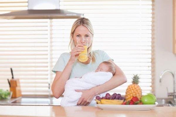 Nhu cầu dinh dưỡng của mẹ ảnh hưởng đến chất lượng sữa cho con bú
