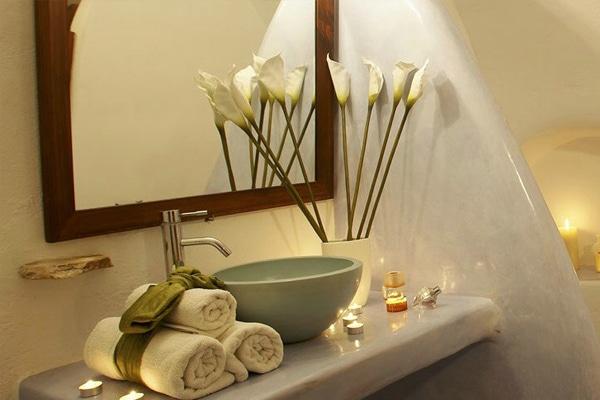 Sử dụng tinh dầu sả để khử mùi trong nhà vệ sinh
