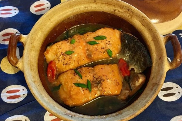Cá Hồi kho sung thơm ngon, hương vị đậm đà