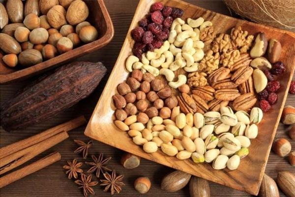 Các loại hạt dinh dưỡng tốt cho sức khỏe mẹ sau sinh mổ