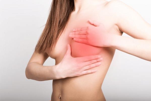Tắc tia sữa sau sinh có thể gây đau nhức bầu ngực, sữa không được thoát ra ngoài ảnh hưởng tới sức khỏe của người mẹ