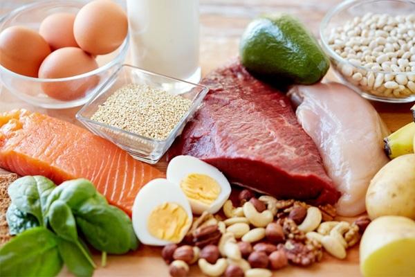Thực phẩm giàu đạm là nguồn dinh dưỡng quan trọng cho phụ nữ sau sinh mổ