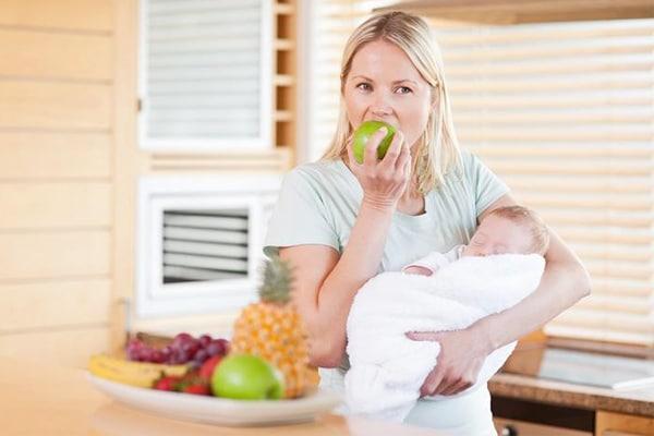 Trái cây đem đến nhiều dưỡng chất có lợi cho sức khỏe phụ nữ sau sinh mổ