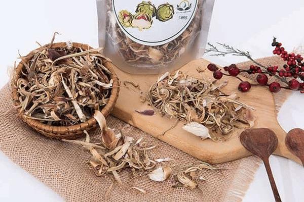Atiso khô được sử dụng để pha trà