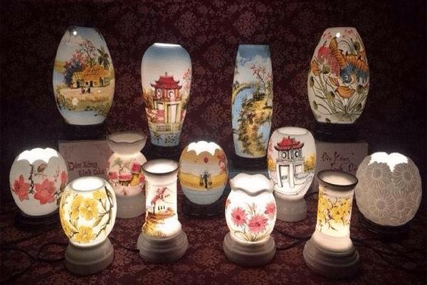 Một số kiểu dáng của đèn xông tinh dầu