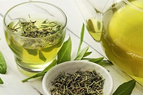 Uống trà xanh giúp tăng cường trí nhớ