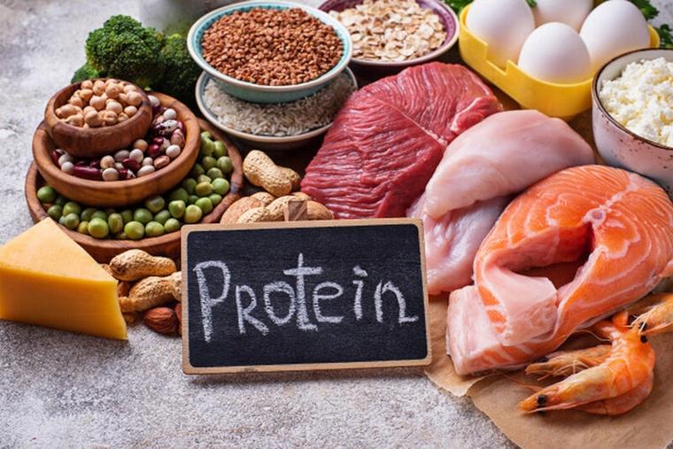 Người bị rụng tóc nên lựa chọn những thực phẩm giàu Protein