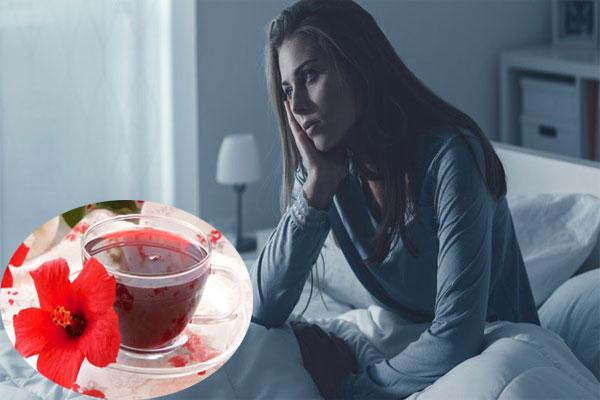 Uống nước hoa dâm bụt mỗi ngày để có giấc ngủ ngon hơn