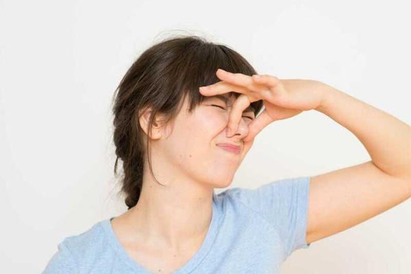 Bệnh lý gây ra mùi hôi khí chịu