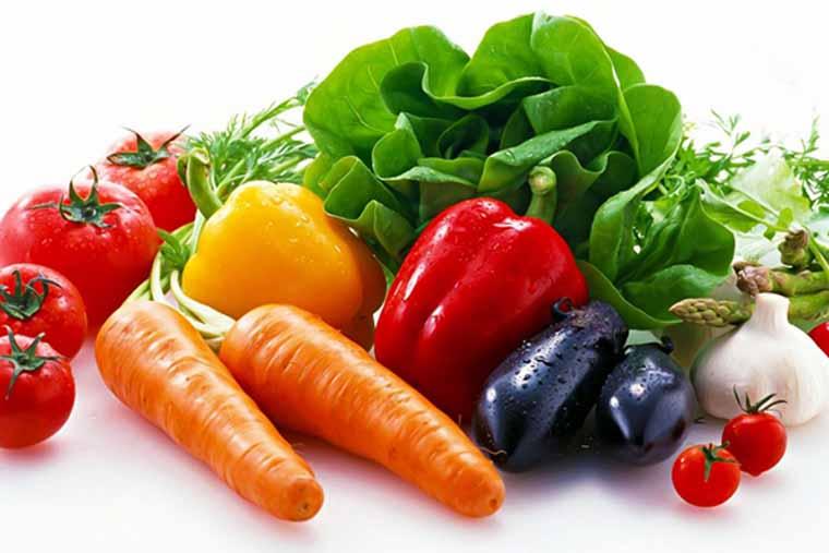 Hoa quả tươi là thực phẩm rất tốt cho người bị viêm họng hạt