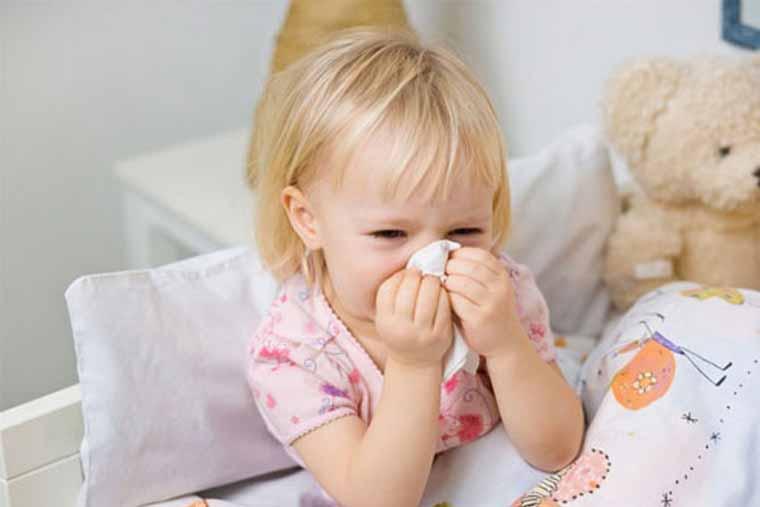 Trẻ em cũng có thể mắc bệnh viêm mũi