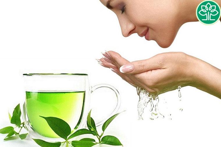 Chè xanh giúp cấp ẩm cho da một cách tự nhiên, không gây khô da