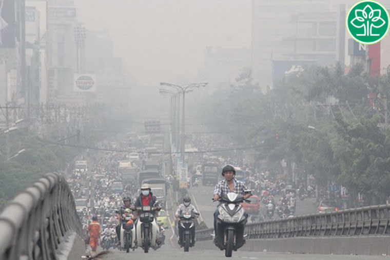 Ô nhiễm môi trường là một trong những nguyên nhân gây ho khan