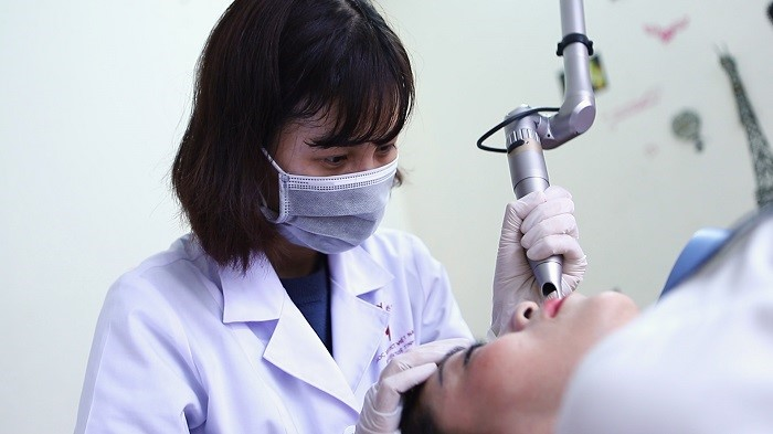 Trang thiết bị y tế hiện đại đã trở thành một phần không thể thiếu trong khám chữa bệnh bằng YHCT